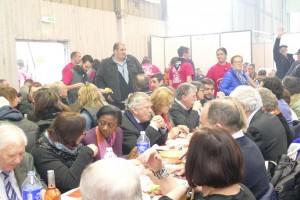 Suite à la rencontre avec la délégation de la FDSEA, les élus du Département se sont rendus au stand des JA sur le Salon de l'Agriculture des Hautes-Pyrénées